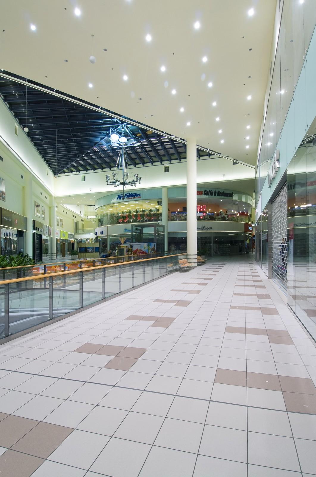 15d660afcd Avion Shopping park Ostrava - RAKO
